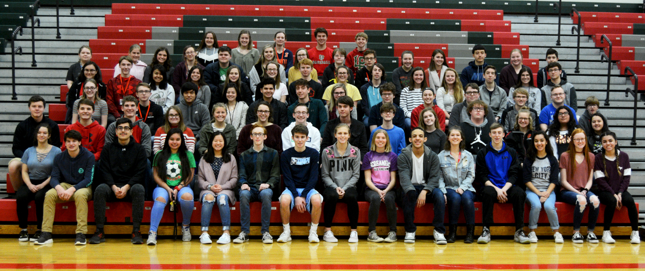 Image of sophomores with 3 semester high scholarship honors.