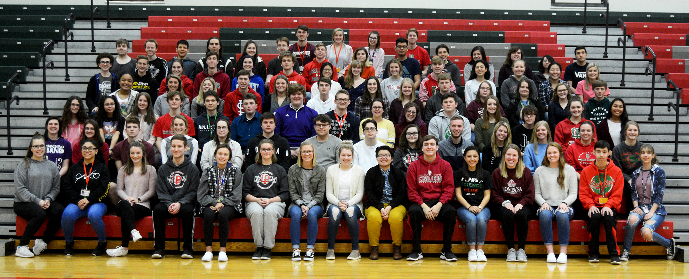 Image of juniors with 5 semester high scholarship honors.