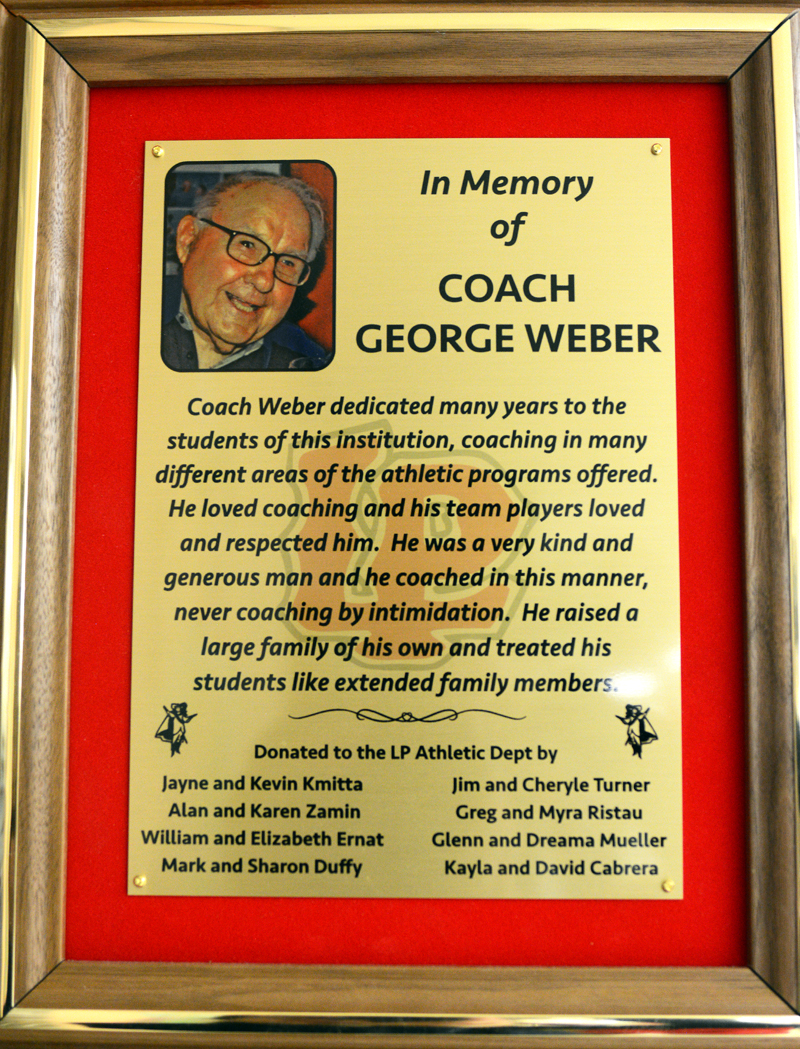 Former lp teachercoach honored with plaque jeuxipadfo Gallery